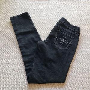 SO Womens 7 Black Skinny Jeans